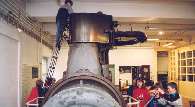 kindergeburtstag-dampfmaschine