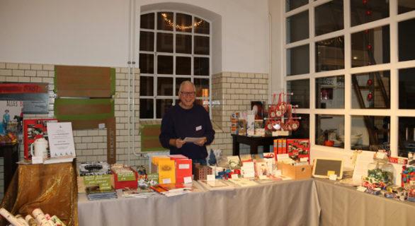 Weihnachtsmarkt Elmshorn.Markt Mit Kunstwerk Industriemuseum Elmshorn